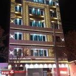 نمای جی اف ار سی | نور پردازی نمای ساختمان