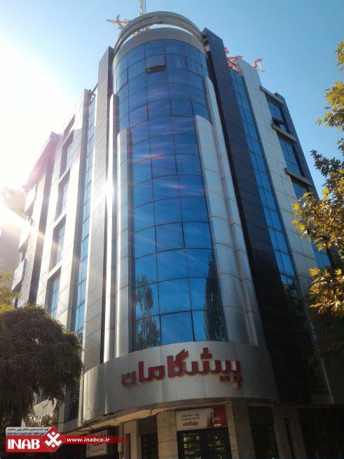 طراحی نمای ترکیبی کامپوزیت و شیشه | ساختمان تجاری